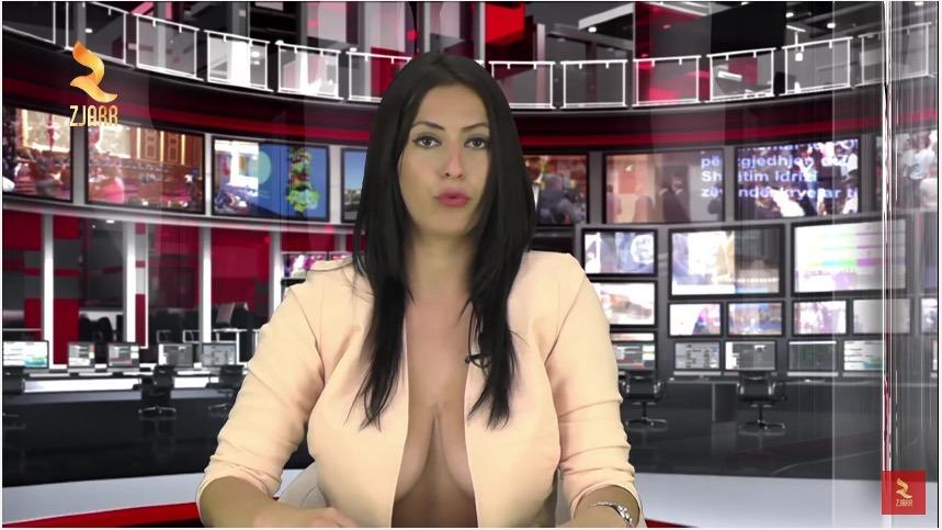 Enki Bracaj : la journaliste au décolleté sulfureux ! (VIDEO)