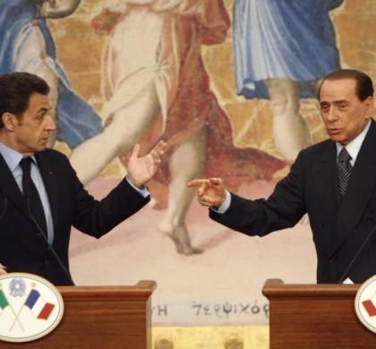 Berlusconi dézingue Sarkozy dans un livre : «Quel crétin !»