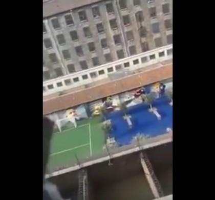 Vidéo : la minute de silence huée à la prison de Fresnes après les attentats