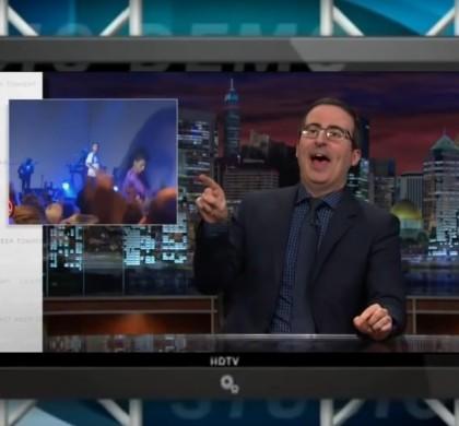 Vidéo : John Oliver se moque de la chute de Shy'm !