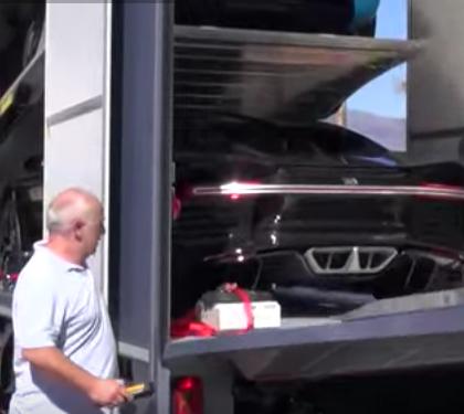 VIDEO Livraison de la nouvelle supercar Bugatti Chiron à 4,2 millions