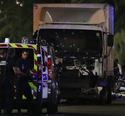 Nice : Un camion fonce sur la foule – Le bilan s'alourdit à 84 morts – le chauffeur est un franco-tunisien de 31 ans – DAESH revendique l'attaque