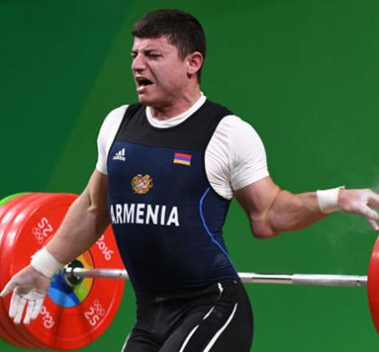 Après le gymnaste, découvrez les images chocs de l'haltérophile arménien