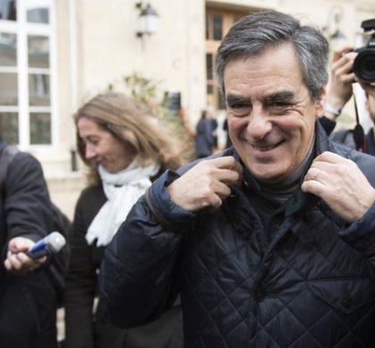 Primaire à droite : François Fillon en tête avec 43,9% des voix – Sarkozy reconnaît sa défaite