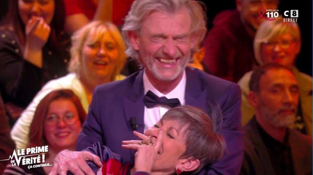 Le fou-rire très gênant d'Isabelle Morini-Bosc et de Gilles Verdez !